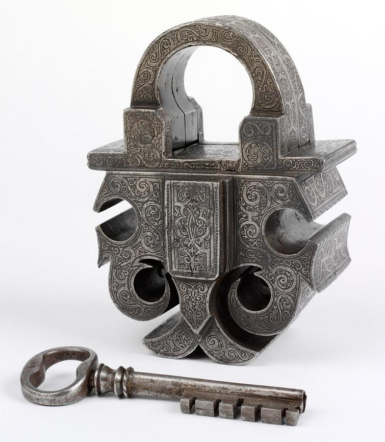 Замок и ключ