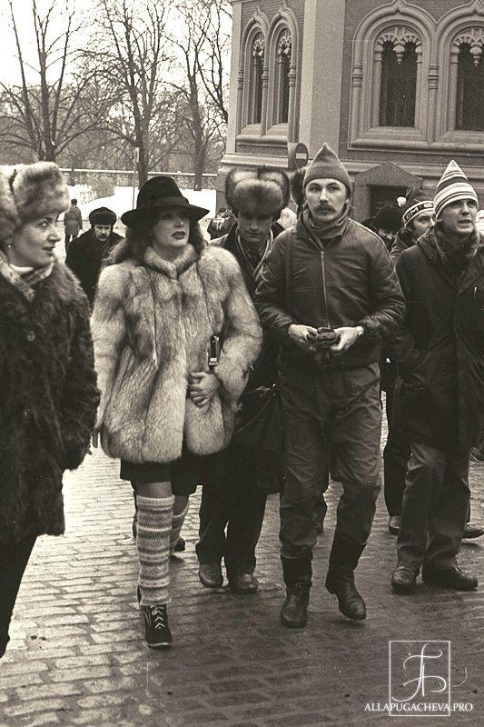 Пугачева, Николаев, шапка