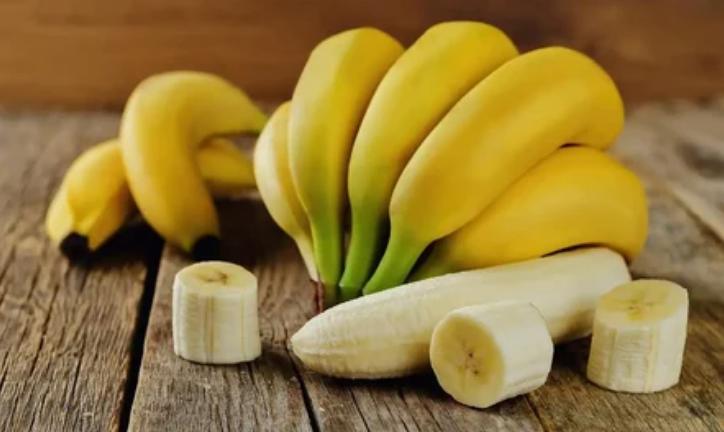 бананы, фрукты