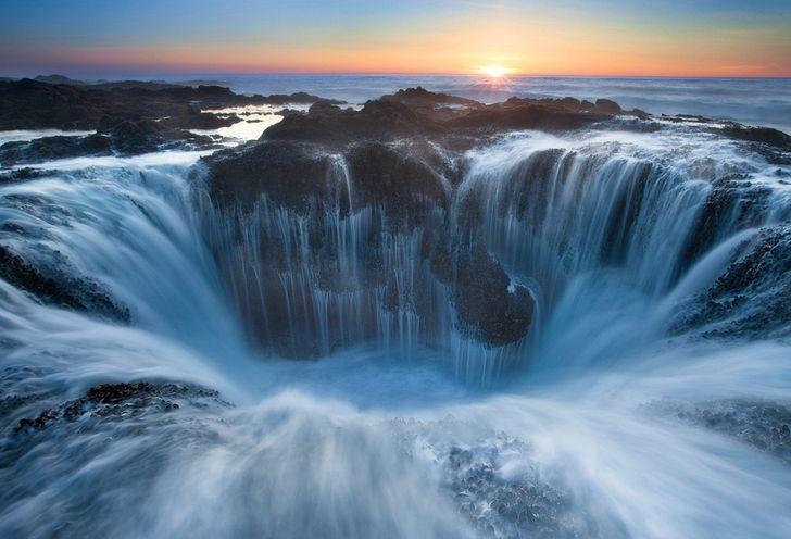 водопад, колодец