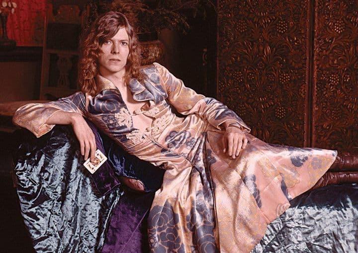 Боуи, наряд, платье
