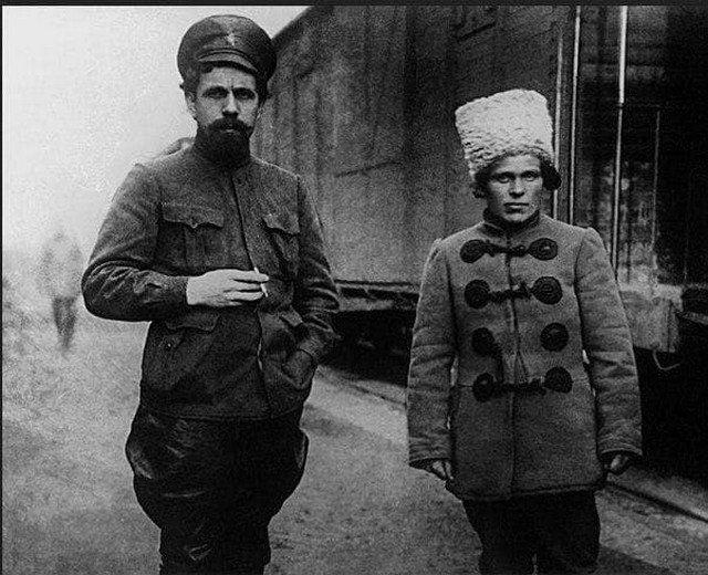 солдаты, поезд
