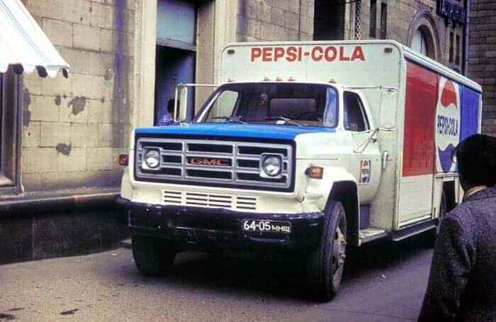 грузовик, газировка, кола