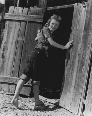 Мэрилин Монро от рождения была шатенкой