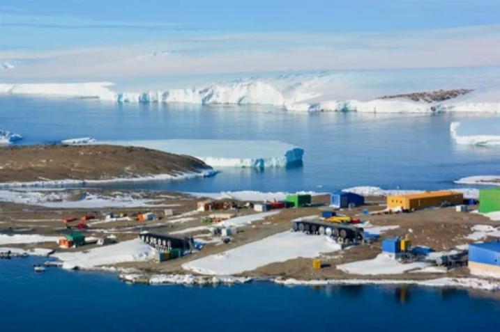 Идея выпуска антарктических долларов  – направить вырученные финансовые средства на научные исследования
