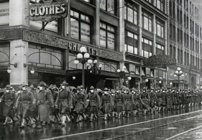 В декабре 1918 года 39-й полк армии США надевает маски для профилактики гриппа в Сиэтле