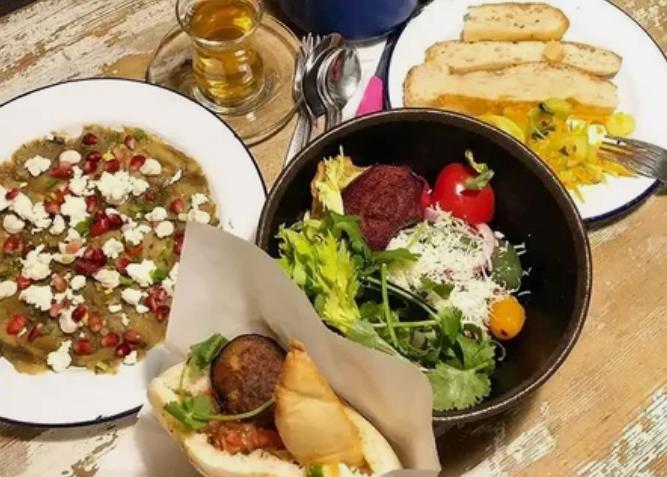 """Общепит """"Шук"""" - средиземноморская кухня, израильские продукты."""