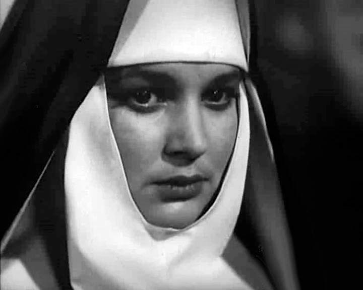 монахиня, актриса, Иванна